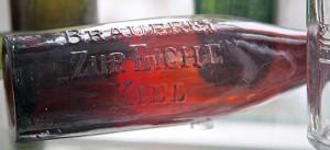 """Original Bierflasche """"Zur Eiche"""" - Kreismuseum Plön"""
